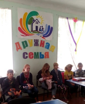 Сотрудники Госавтоинспекции Верхнего Уфалея посетили Центр помощи детям